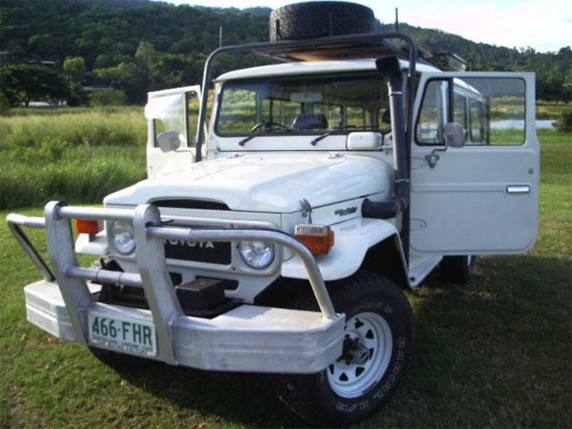 1981 Toyota Land Cruiser FJ45 Troop Carrier - FJ40 Toyota