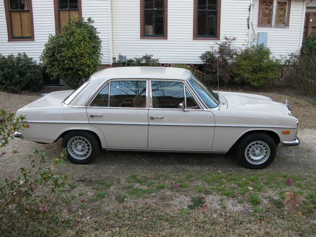 1969 Mercedes 220 Diesel - FJ40 Toyota Land Cruisers, Land Rovers and Classic Cars for Sale at C ...